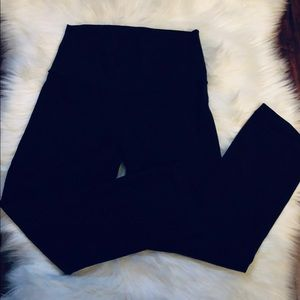 LULULEMON  Stretch Pants Size 6